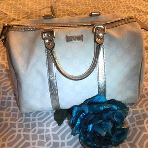 da4b39d3400 Women s Gucci Joy Medium Tote Bag on Poshmark